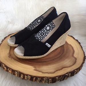 Toms espadrille black wedge sandals